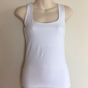 💖Zara basic sleeveless white tank top